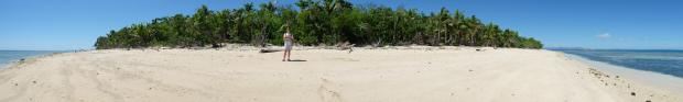 panoramic-view-of-bounty-island-mamanucas-fiji-lightscamerabackpack-com