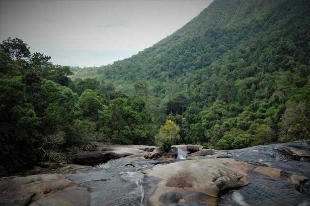 7-wells-waterfall-langkawi-malaysia-3