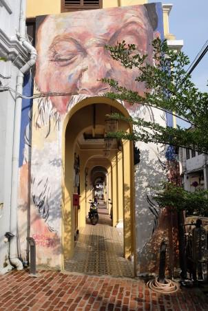 man-open-mouth-street-art